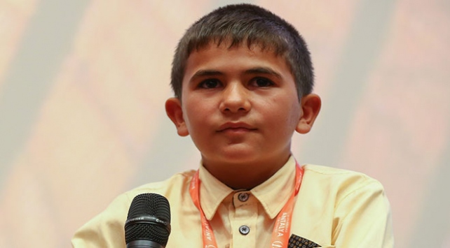 """8 yaşındaki Yunusun köyünden Türkiyenin """"Oscar""""ına uzanan hikayesi"""