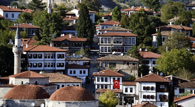 """""""Osmanlının parmak izi"""" Safranboluda 600 tarihi eser restore edildi"""