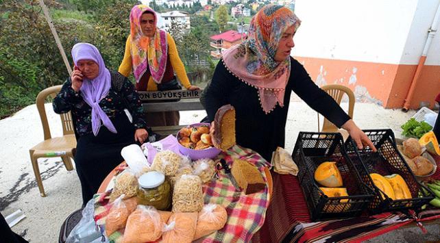 """Trabzonda üretime teşvik için """"yöresel ürünler pazarı"""" kuruldu"""