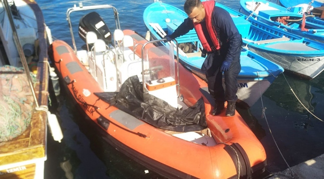 İzmirde göçmenleri taşıyan tekne battı: 9 ölü
