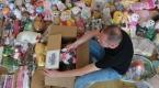 Kimsesiz çocuklar için eski oyuncaklara hayat veriyorlar