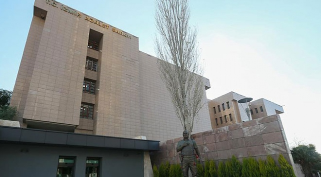 İzmir Adliyesinde mesai yeniden başladı