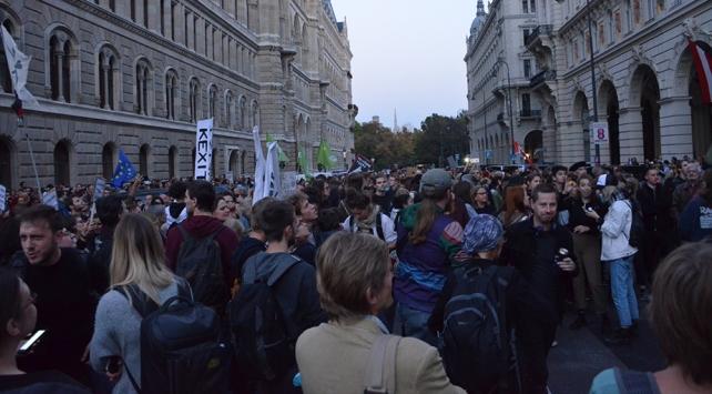 Avusturyada hükûmet karşıtı gösteri