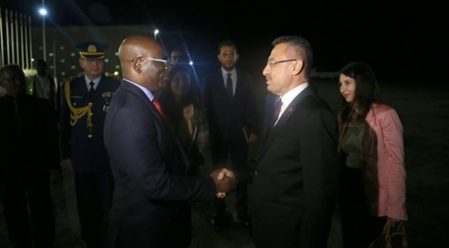 Cumhurbaşkanı Yardımcısı Oktay Ekvator Ginesinde