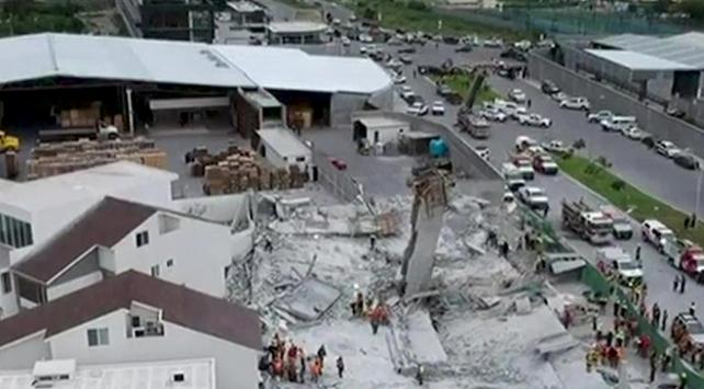 Meksikada inşaat çöktü: 7 ölü, 10 kayıp