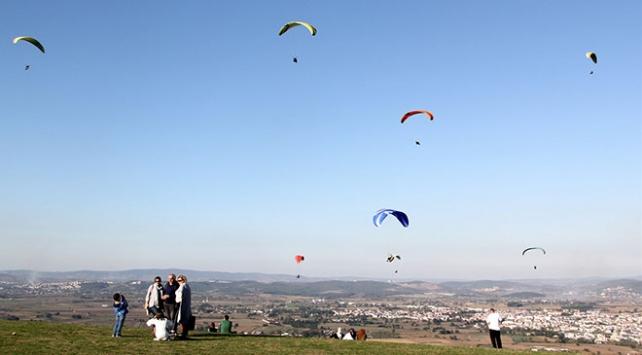 Yamaç paraşütü tutkunlarının gözdesi: Kırantepe