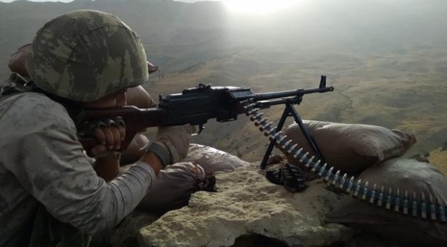 2047 rakımlı Herekol Dağında teröristlere göz açtırmıyorlar