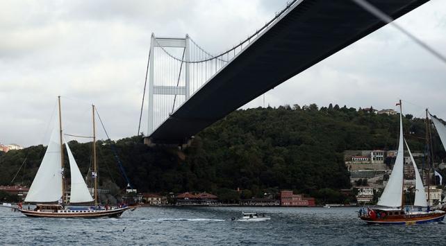 Yatlar İstanbul Boğazında yelken açtı