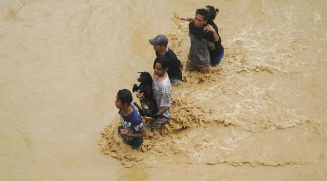Çinde sel felaketi 6 bin 617 kişi tahliye edildi