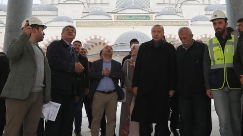Cumhurbaşkanı Erdoğan Çamlıca Camiinde incelemelerde bulundu
