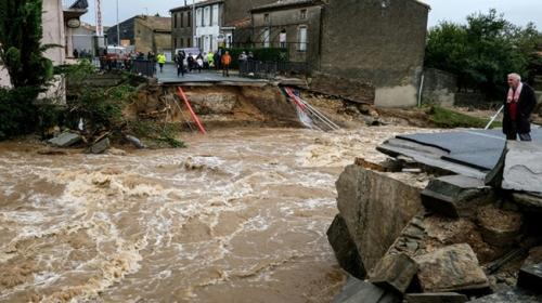 Fransada şiddetli yağışlar can aldı: 13 ölü