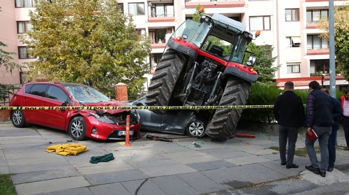 """TBMM yakınında """"dur"""" ihtarına uymayan traktör ateş açılarak durduruldu"""