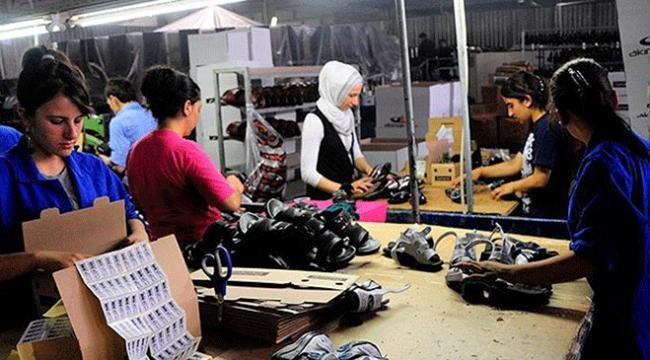 Kadınlar tarımdan hizmet sektörüne yöneldi