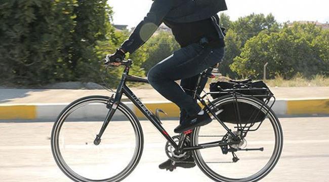 Manisada kaldırımı kullanan bisikletliye trafik cezası