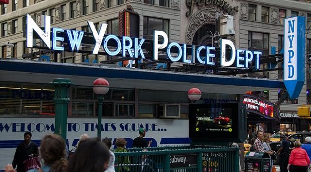 New Yorkta 25 yıl sonra ilk defa bir hafta sonu silahlı saldırı olmadan geçti