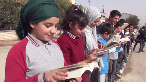 Muş'ta ÖSYM sınavlarında kullanılan kalem ve silgiler dağıtıldı
