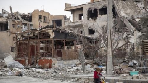 ABD terör örgütü YPG/PKK ile yıktığı Rakkaya gözlerini yumuyor