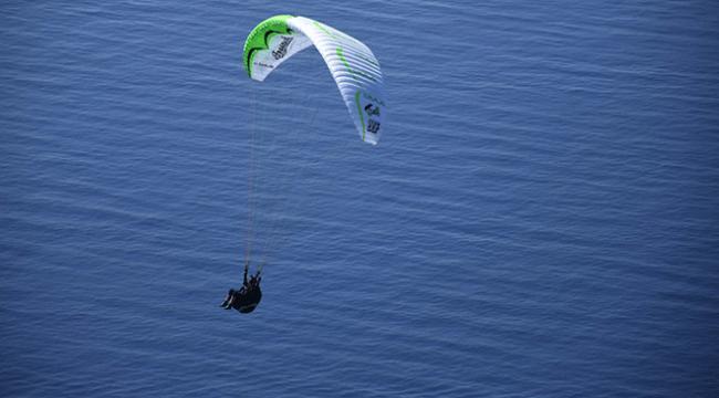 Ölüdeniz paraşüt tutkunlarına ev sahipliği yapıyor