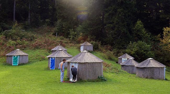 Oğuz boylarının adını verdiği 24 çadırdan oluşan kamp alanı kurdu