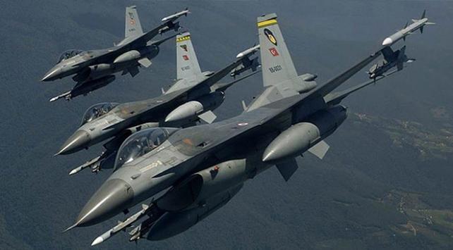 Irakın kuzeyinde silah ve mühimmat depoları imha edildi