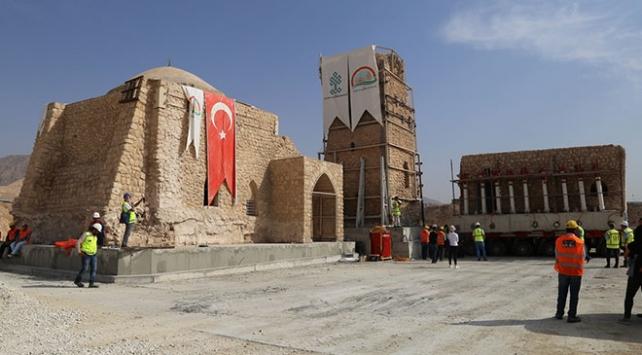 Hasankeyf'teki tarihi İmam Abdullah Zaviyesi'nin eyvanı da taşındı