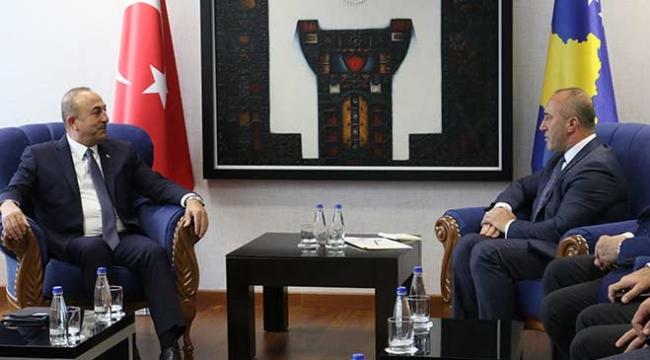 Bakan Çavuşoğlu Kosova Başbakanı Haradinaj ile bir araya geldi