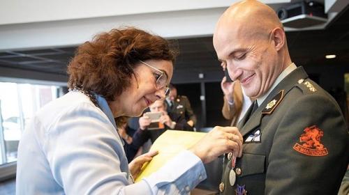 Hollandada gazi torunu Türke kahramanlık ödülü