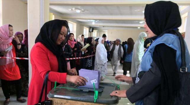 Afganistan'da seçimlere düşük katılım