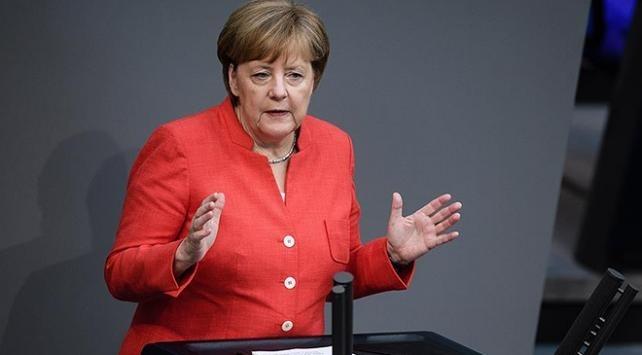 Almanya Başbakanı Merkel: Suudi Arabistana silah ihracatı yapılmayacak