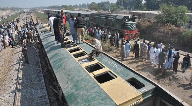 Hindistanda tren kazaları 2 yılda yaklaşık 50 bin can aldı