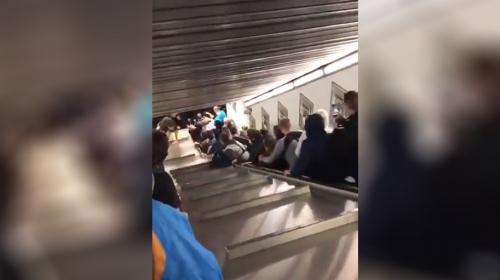Romada CSKA Moskovalı taraftarların bindiği yürüyen merdiven çöktü