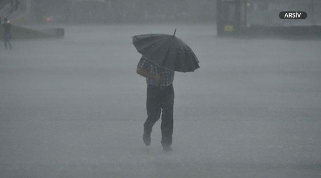 Antalya için gök gürültülü sağanak yağmur uyarısı