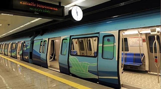İstanbulda metro seferlerine maç düzenlemesi yapıldı