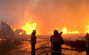 Esenyurtta fabrika yangını