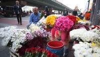 Türkiye'nin tek çiçek borsası: İstanbul çiçek mezatı