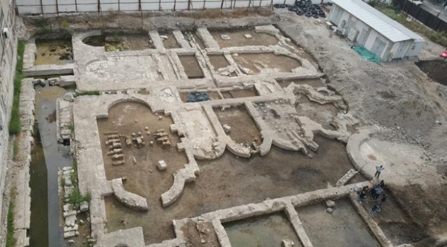 """İnşaat alanından """"Antik Roma Dönemi"""" kalıntıları çıktı"""