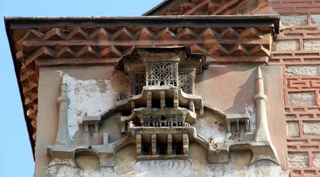Tarihi yapıların süsü: Aşiyanlar
