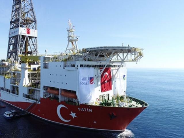 """Milli sondaj gemisi """"Fatih"""" Akdenizde ilk sondajına başlıyor"""