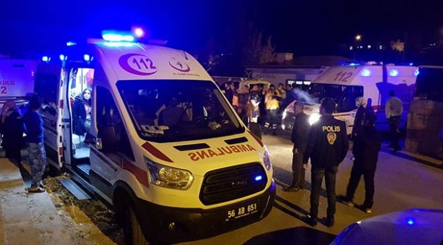 Siirtte PKK yandaşları yurda saldırdı