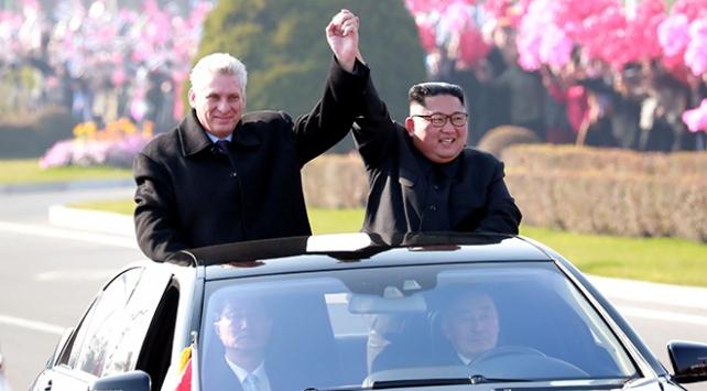 Küba Devlet Başkanından Kuzey Koreye resmi ziyaret