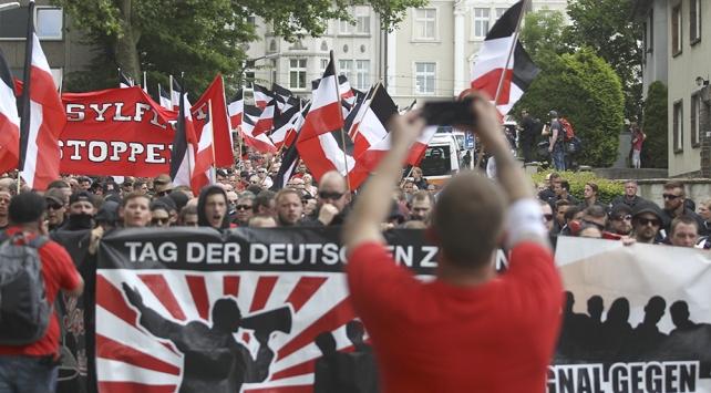 Almanyada yabancı düşmanlığı arttı