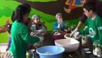 Adanada ilkokul öğrencileri turşu kurmayı öğrendi