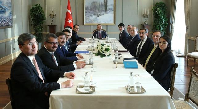 Cumhurbaşkanı Yardımcısı Oktay Türk Konseyi Diaspora İşlerinden Sorumlu Bakanlar ile görüştü