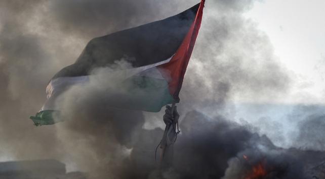 İsrail askerleri Gazzede 1 Filistinliyi şehit etti