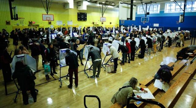 ABDdeki ara seçime Müslüman seçmenin neredeyse tamamı katıldı