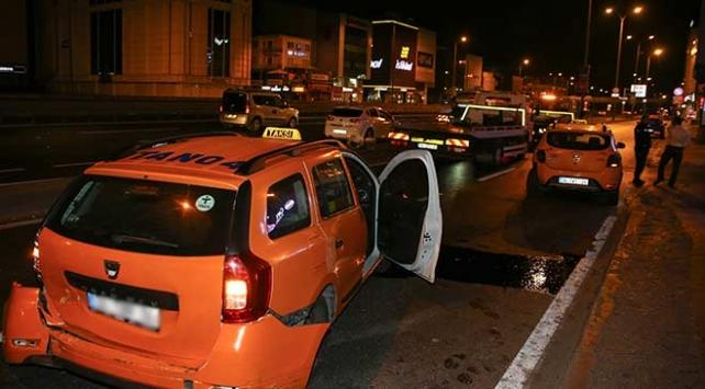 İstanbul Avcılar'da zincirleme trafik kazası: 6 yaralı
