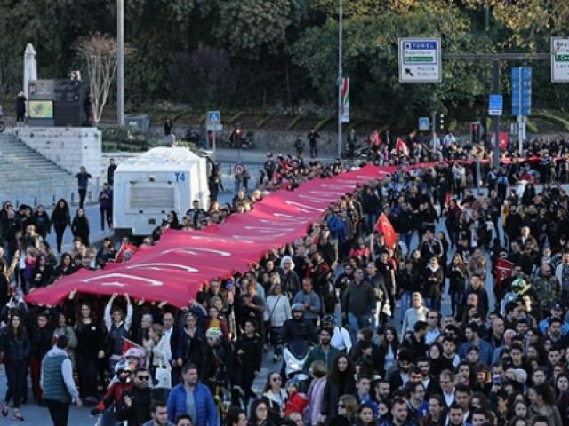 Büyük Önder Atatürk yurt genelinde anılıyor