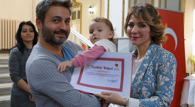 İzmirde organ bağışlayan ailelerle nakil olan hastalar buluştu