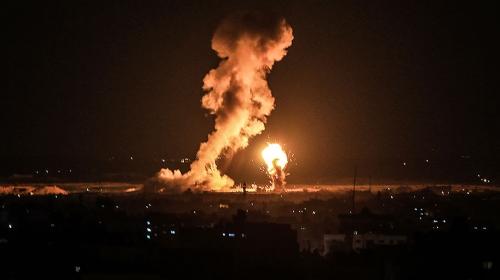İsrail ordusu Gazze Şeridi'ne hava saldırısı başlattı