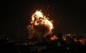 İsrail ordusu Gazzeye hava saldırısı başlattı